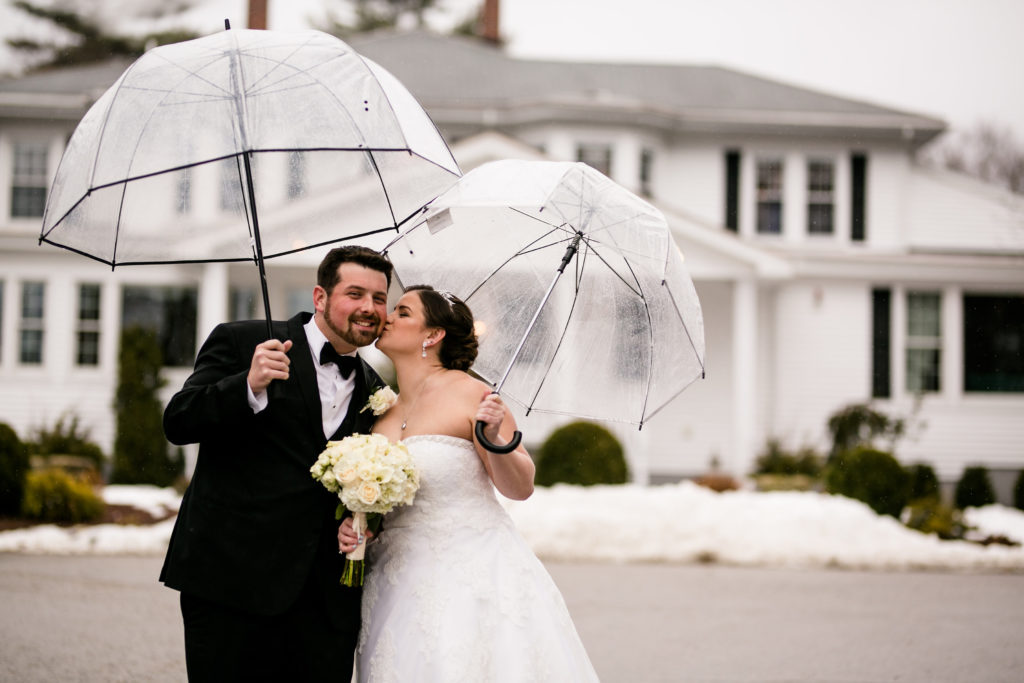 SEG_Rainy Day Wedding Photos 7