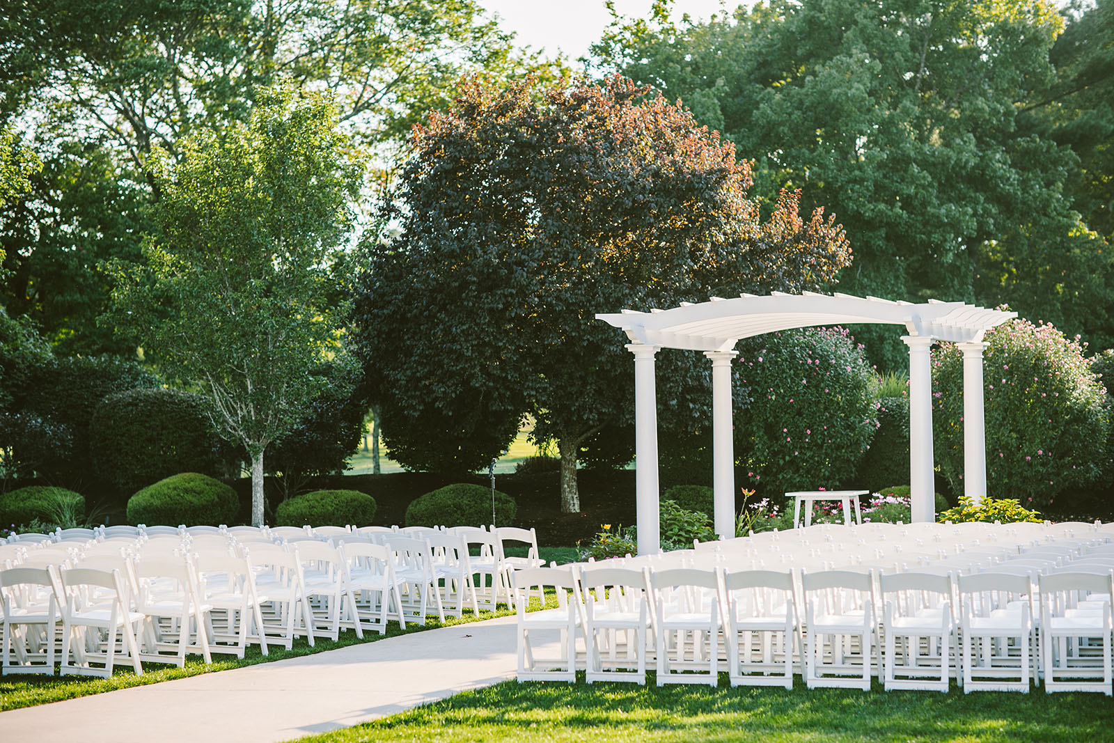 Garden wedding ceremony venue in MA
