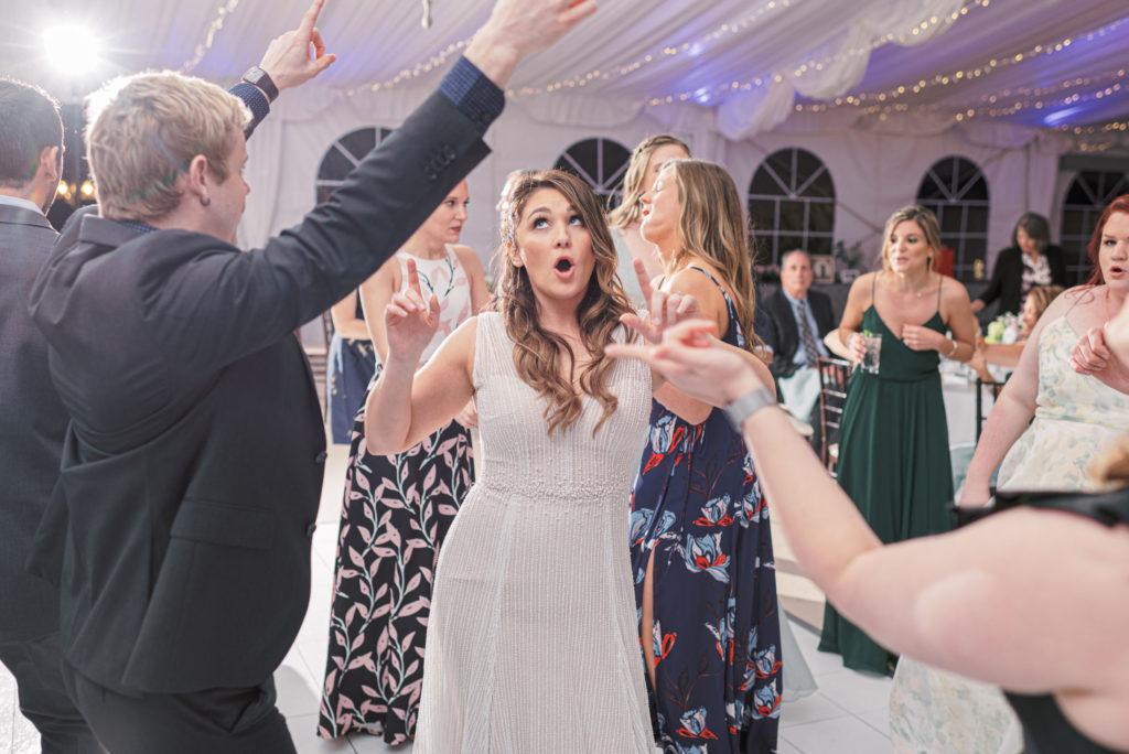 villa-tent-may-wedding-bride-on-dance-floor