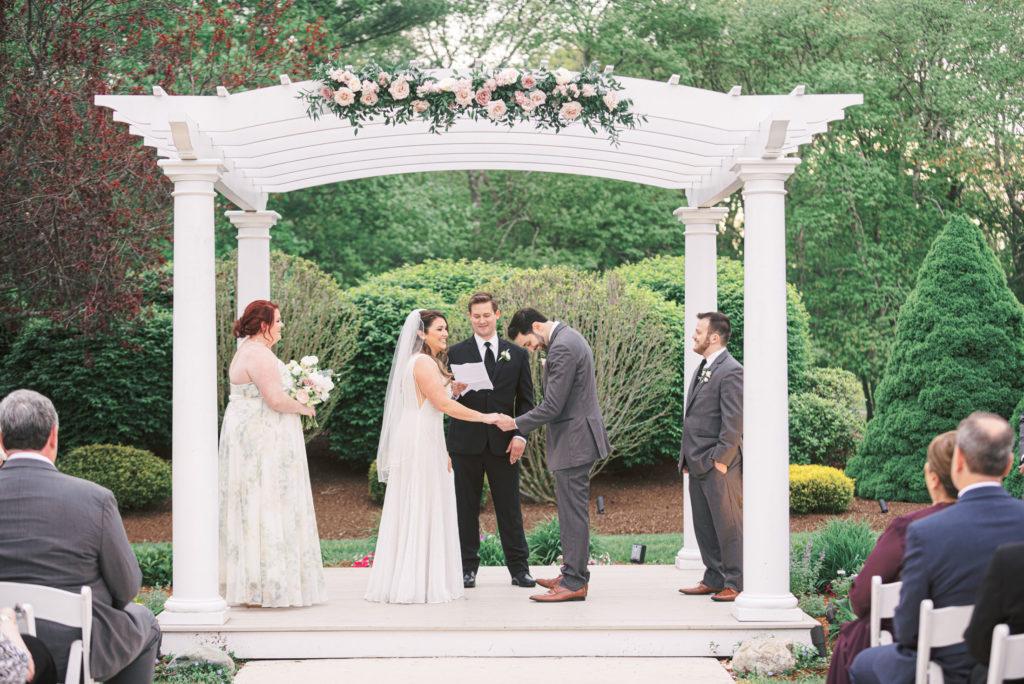 villa-tent-may-wedding-ceremony