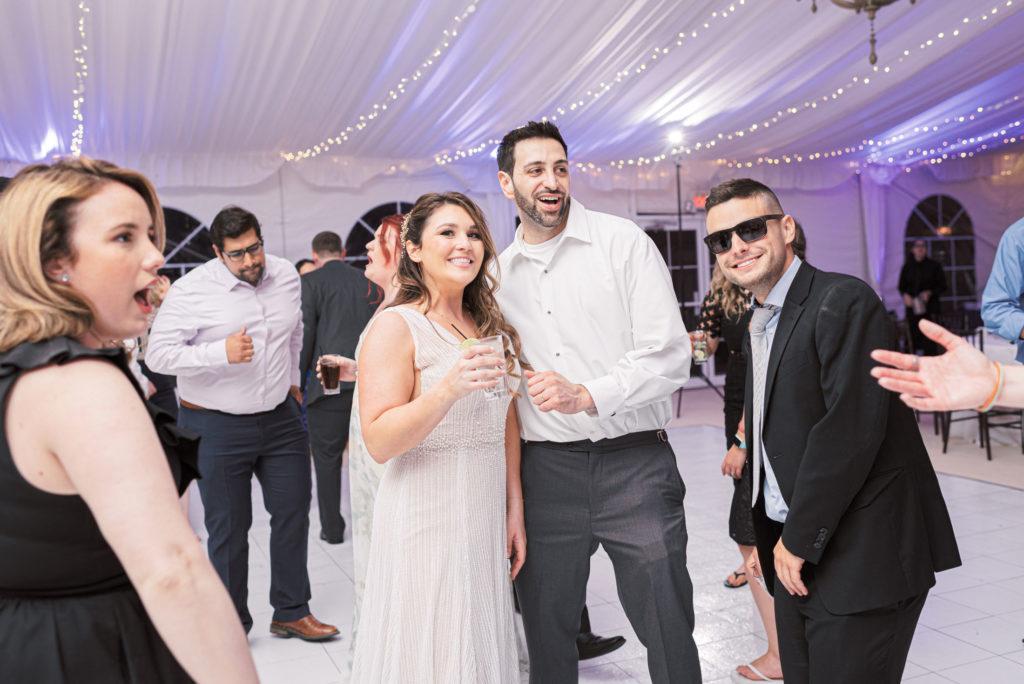villa-tent-may-wedding-dancing