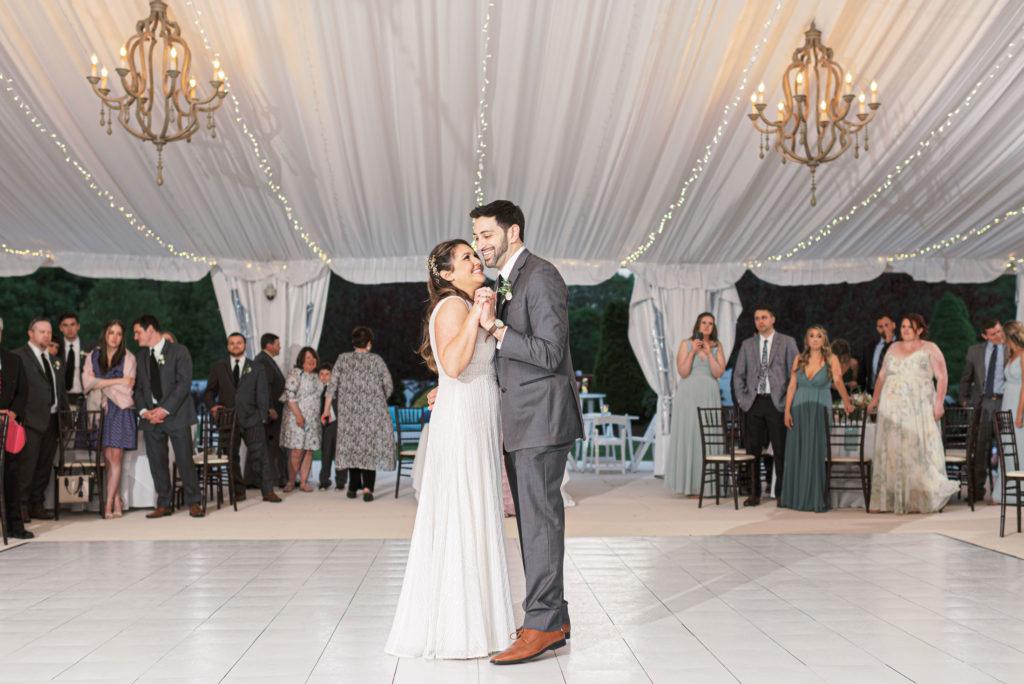 villa-tent-may-wedding-first-dance