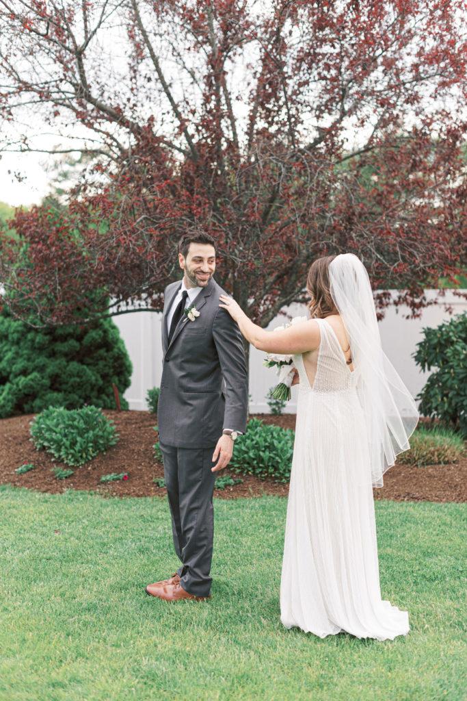 villa-tent-may-wedding-first-look