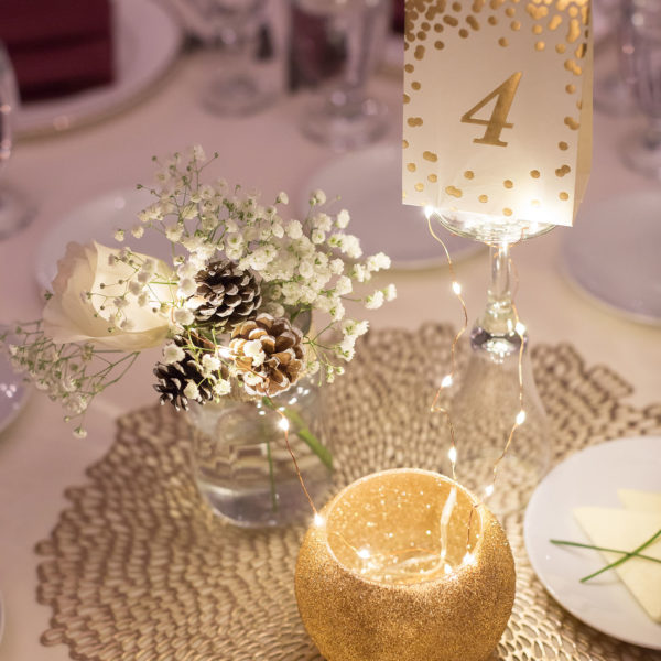 glam gold winter wedding decor