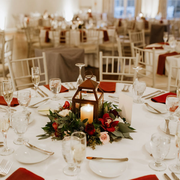 Red winter wedding color scheme