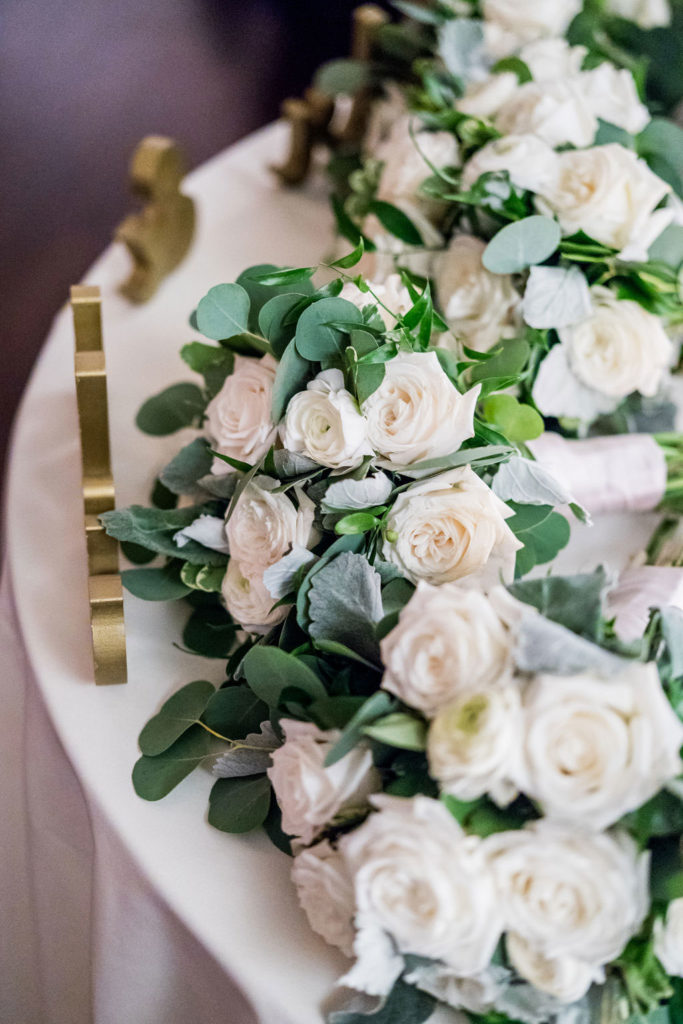 florals on sweetheart table