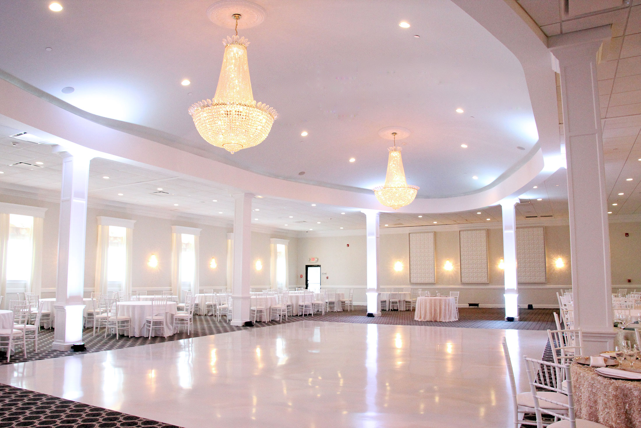 ballroom wedding reception venue at raffael's walpole