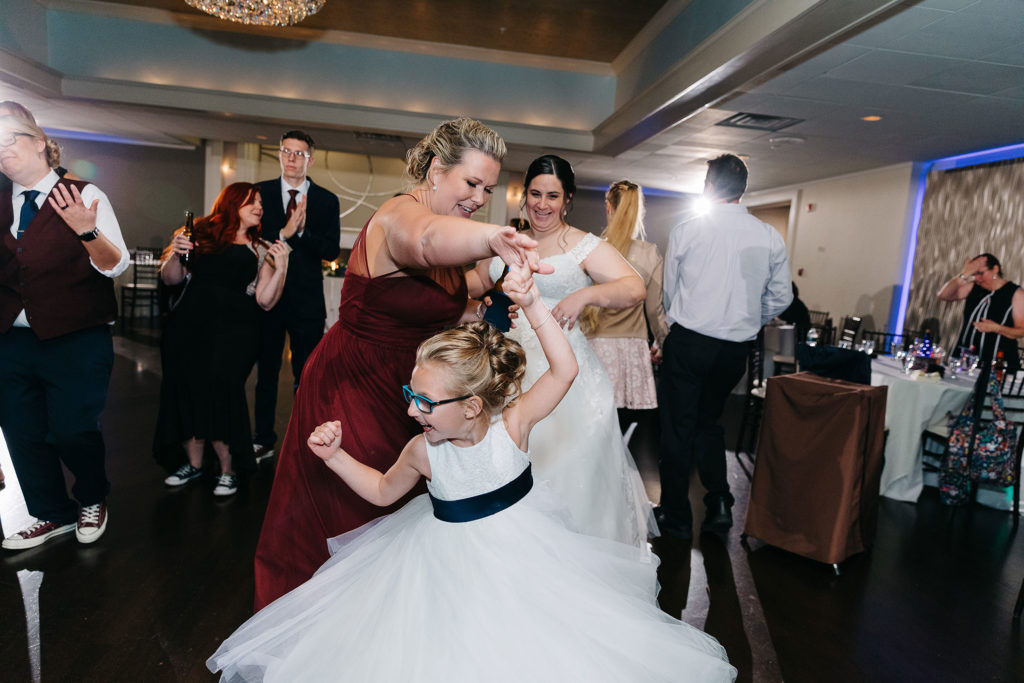 the-villa-grand-ballroom-september-wedding-jocelyn-and-brooke-guest-dancing
