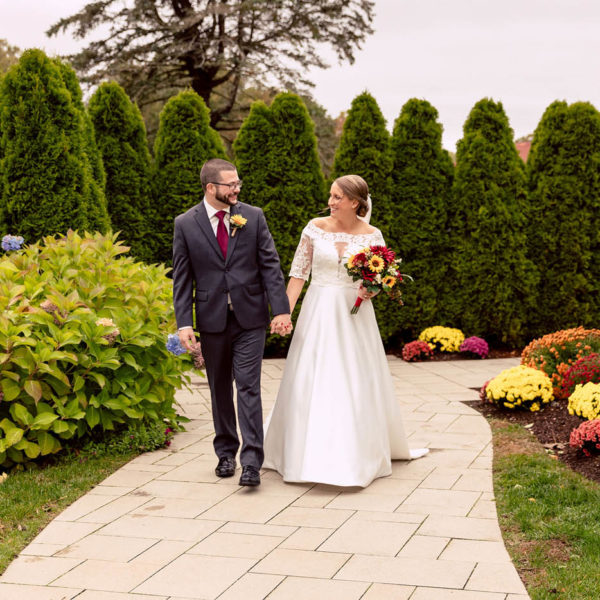 Massachusetts wedding in Autumn