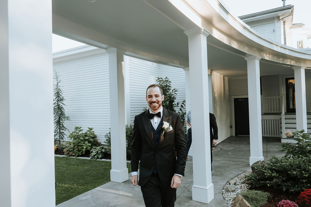 groom walking down for ceremony