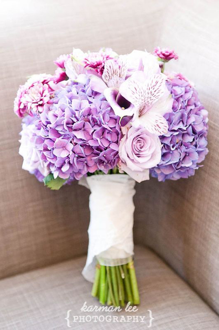 colorful_bridal_bouquets_5.jpg