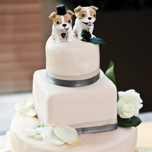 bulldog-cake-toppers.jpg