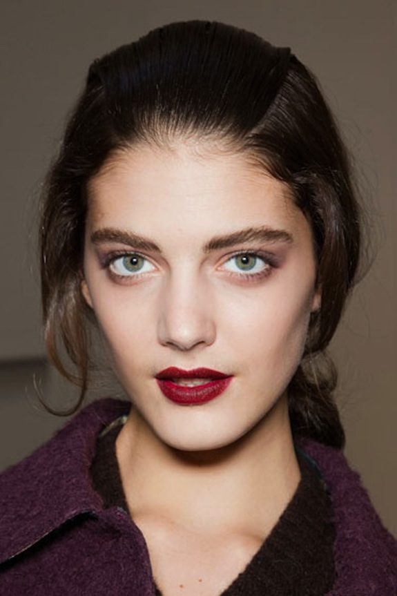 hbz-Mulberry-Mouth-Rochas-beauty-trends-fw12-lgn.jpg