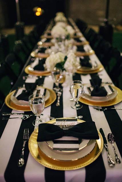 white and gold wedding decor (1).jpg