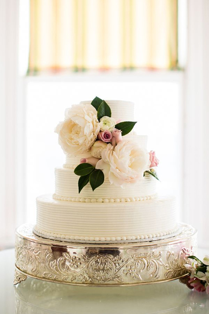 cake stand ideas silver.jpg