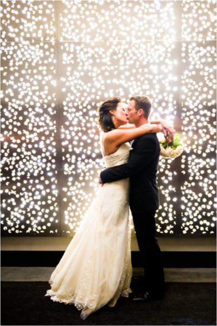 white and gold wedding decor (7).jpg
