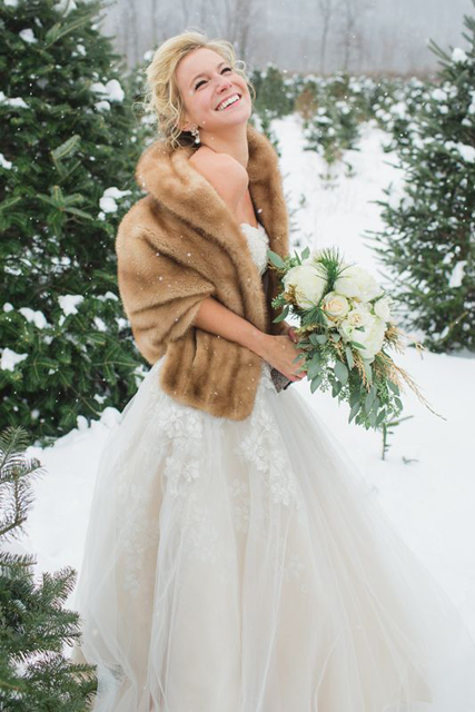 Winter Wedding Shawls What To Wear For A 3 Jpg