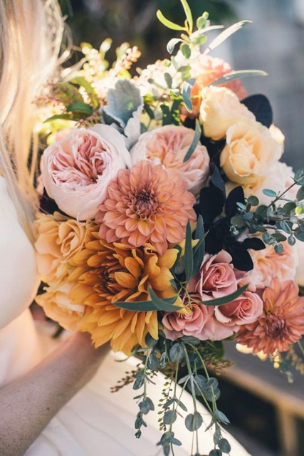autumn colors wedding flowers (2).jpg