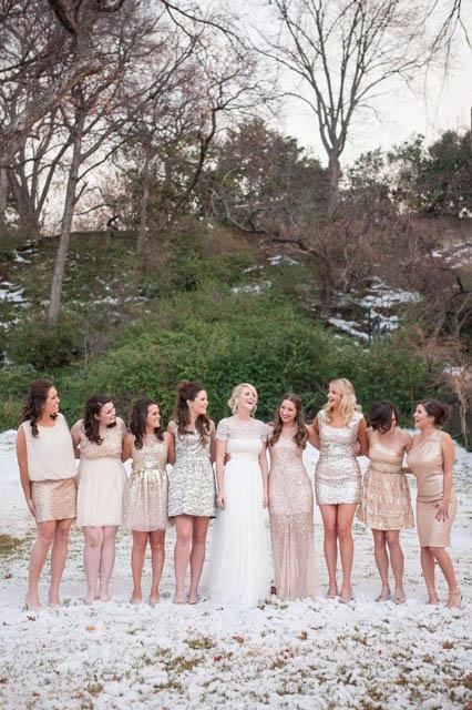 white and gold wedding decor (2).jpg
