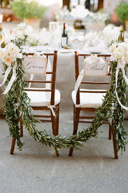 decorating with garland (3).JPG