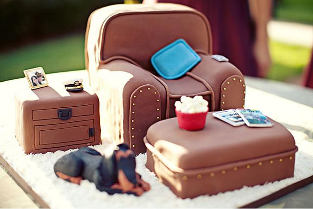 our_favorite_groom_cake_ideas_3.jpg