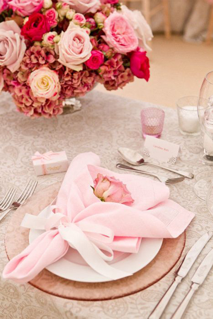wedding napkin folds (4).jpg