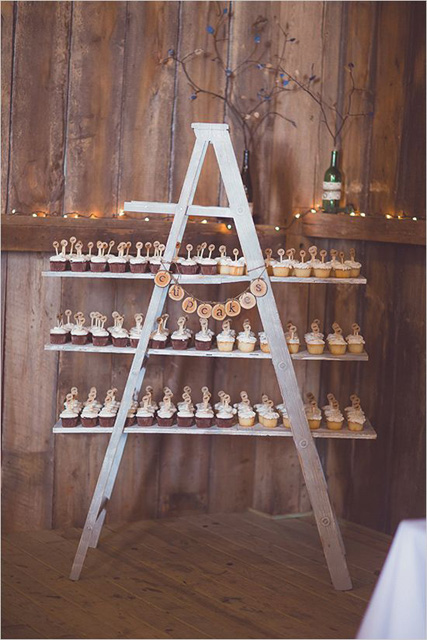 decorating with ladders (7).jpg