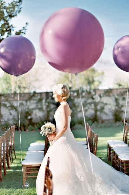 Whimsical_Wedding_Inspiration-_Decorating_With_Balloons__5.jpg