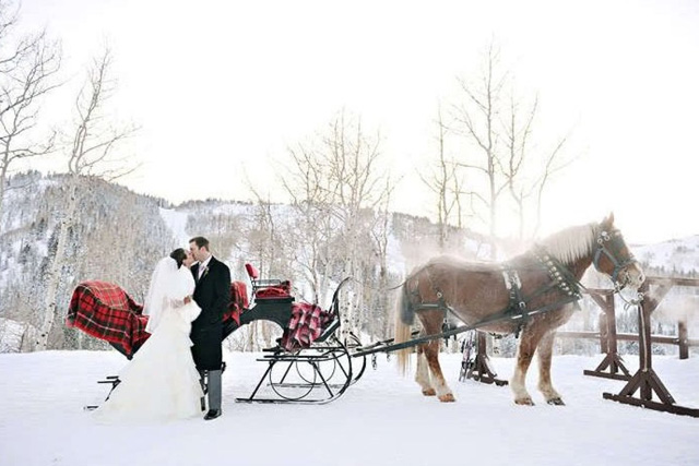 winter wedding photos (6).jpg