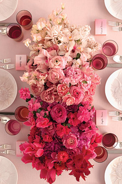 Picture_Perfect_Ombre_Wedding_Ideas_7.jpg