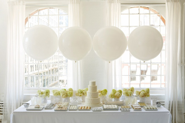 Whimsical_Wedding_Inspiration-_Decorating_With_Balloons__8.jpg