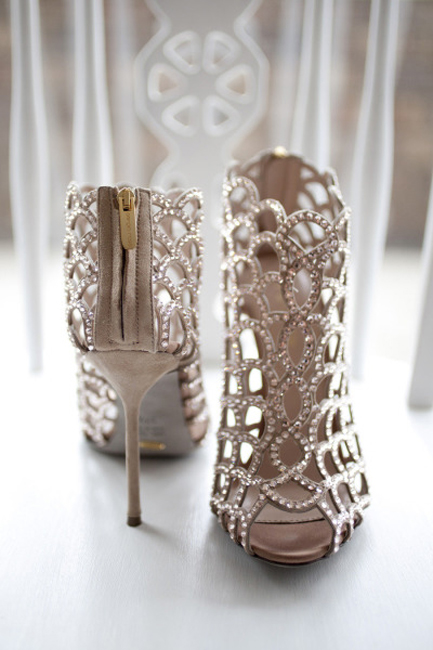 SEG_amazing_wedding_shoes_4.jpg