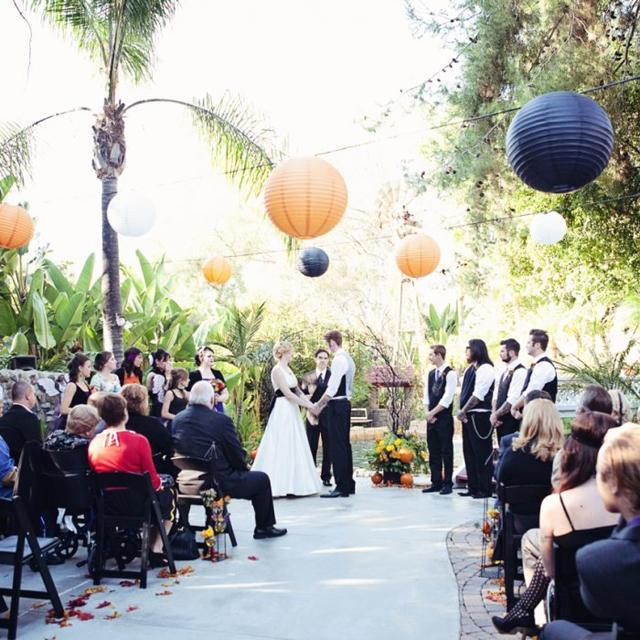 Our_Top_3_Halloween_Weddings_10.jpg