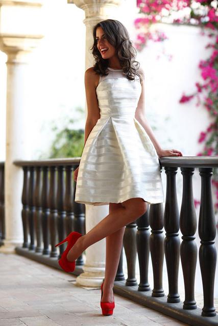 the little white dress (5).jpg