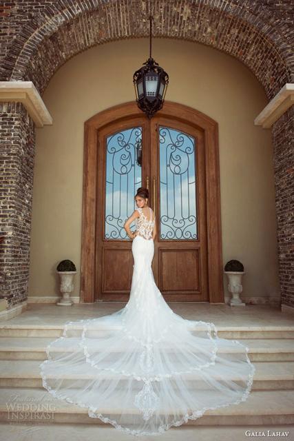 back of wedding dress (6).jpg