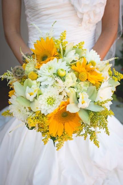 6 Colorful Bridal Bouquets