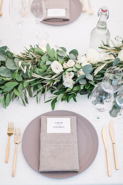 Wedding Napkin Folds 5 Jpg