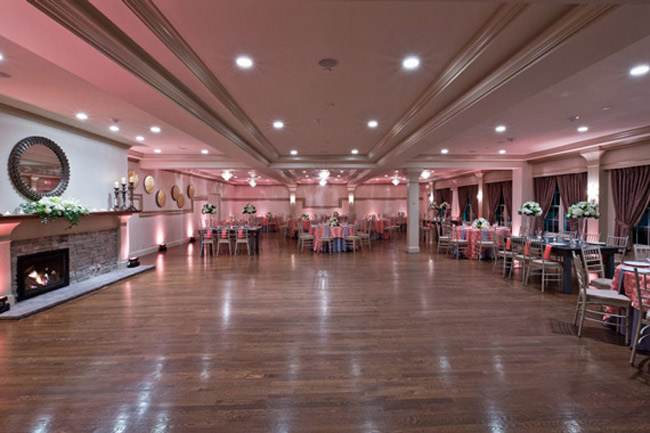 Saphire_Estate_Ballroom.jpg