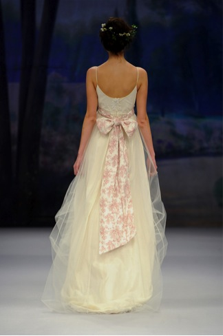 spring 2012 wedding gowns