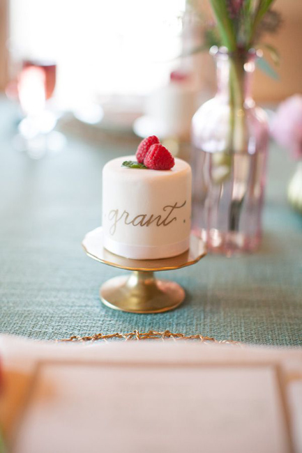 creative_wedding_place_card_ideas_8.jpg