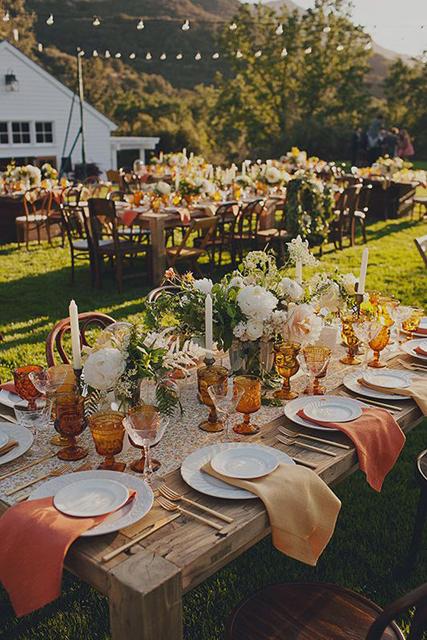 Thanksgiving Wedding Ideas (1).jpg