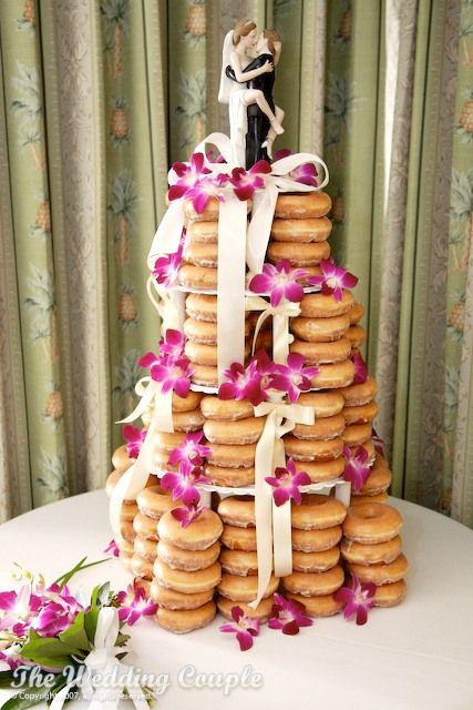 doughnut wedding cake (1).jpg