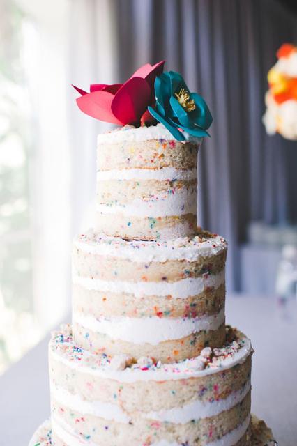 creative wedding cakes (8).jpg
