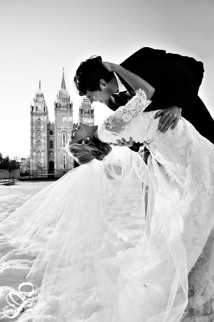 black_and_white_wedding_photos_4.jpg