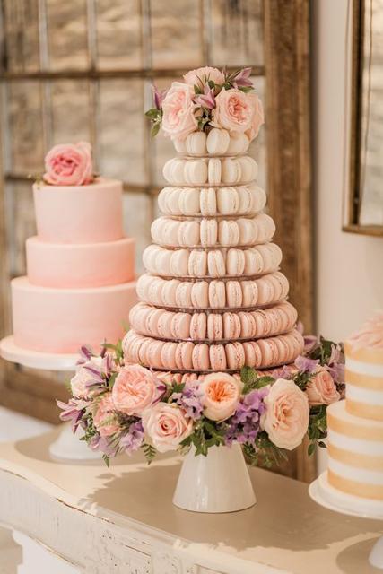 Macaron Wedding Cake Inspiration (5).jpg