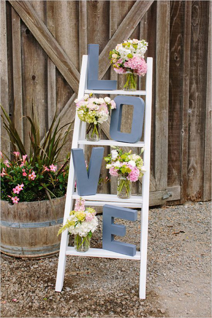 decorating with ladders (8).jpg